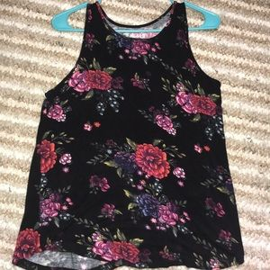 MUDD black flowers tank.